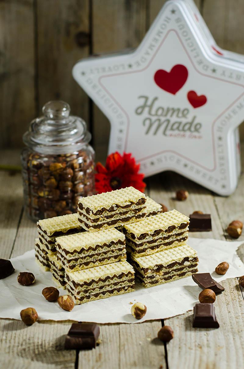 Oblatne with Chocolate Hazelnut Filling
