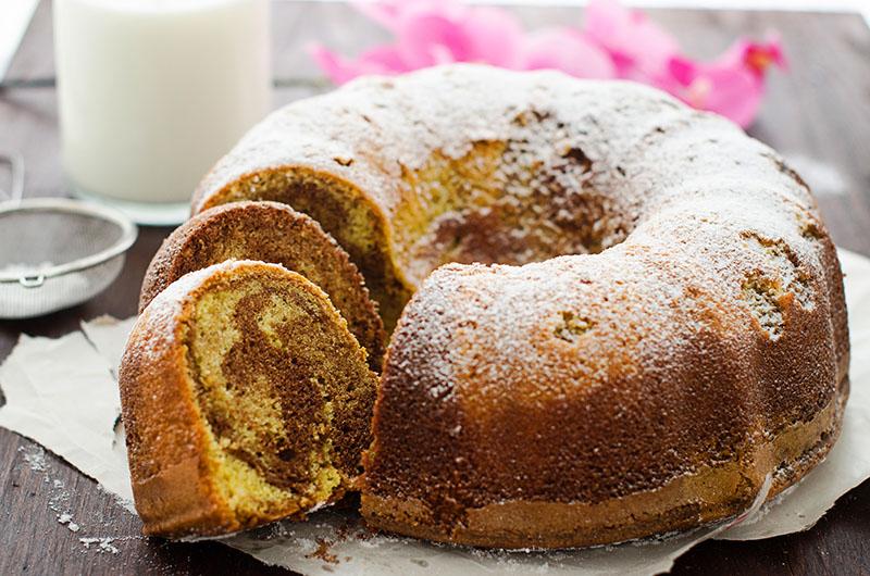 MARBLE BUNDT CAKE